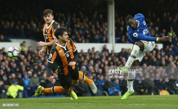 Romelu Lukaku of Everton shoots past Andrea Ranocchia of Hull City during the Premier League match between Everton and Hull City at Goodison Park on...