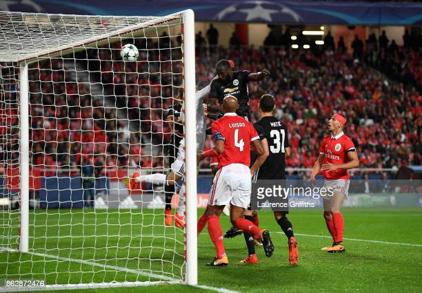 Romelu Lukaku of Manchester United heads the ball during the UEFA Champions League group A match between SL Benfica and Manchester United at Estadio...