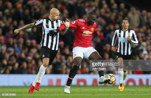 Romelu Lukaku of Manchester United in action with Jonjo Shelvey of Newcastle United during the Premier League match between Manchester United and...
