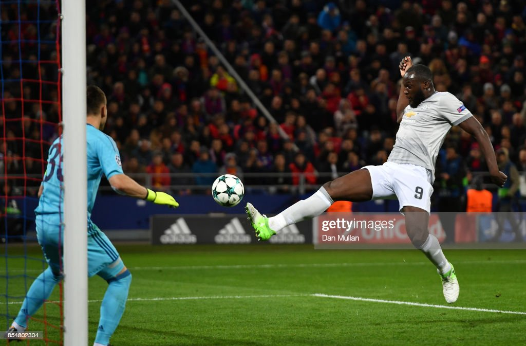 Romelu Lukaku of Manchester United scores his second and his sides third goal during the UEFA Champions League group A match between CSKA Moskva and Manchester United at WEB Arena on September 27, 2017 in Moscow, Russia.