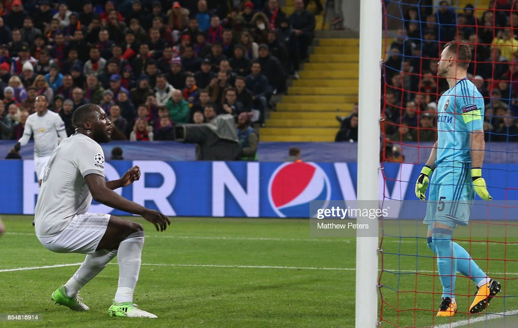 Romelu Lukaku of Manchester United scores their third goal during the UEFA Champions League group A match between CSKA Moskva and Manchester United at WEB Arena on September 27, 2017 in Moscow, Russia.