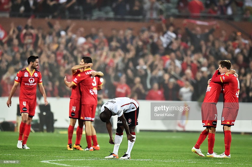Romeo Castelen of the Wanderers shows dejection after the 2015/16 A-League Grand Final match between Adelaide United and the Western Sydney Wanderers at Adelaide Oval on May 1, 2016 in Adelaide, Australia.