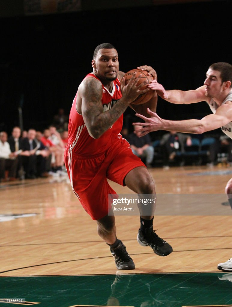 Romero Osby #24 of the Maine Red Claws dribbles the ball against the Austin Toros during the 2014 NBA D-League Showcase presented by Samsung Galaxy on January 7, 2014 at the Reno Events Center in Reno, Nevada.