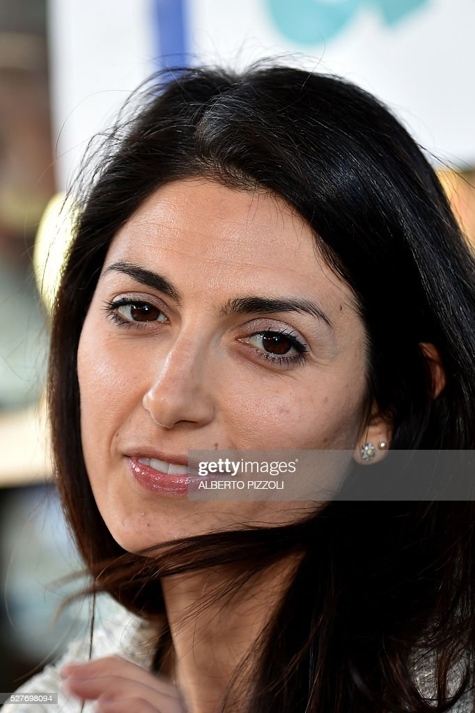 Rome's city council mayoral candidate Virginia Raggi (Five Star M5S) poses during a public debate on May 3, 2016 In Rome. Municipal elections will be held on June 5. / AFP / ALBERTO