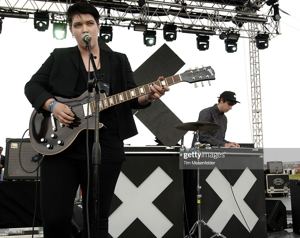 Romy Madley Croft (L) and Jamie Smith of The xx perform as part of the Sasquatch Music Festival at the Gorge Amphitheatre on May 30, 2010 in George, Washington.