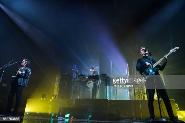 Romy Madley Croft and Oliver Sim of The XX perform on stage at Coca Cola Roxy on October 17 2017 in Atlanta Georgia