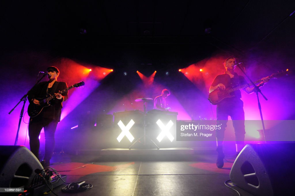 Romy Madley Croft Jamie Smith and Oliver Sim of The XX perform on stage at Tonhalle on August 27 2010 in Munich Germany