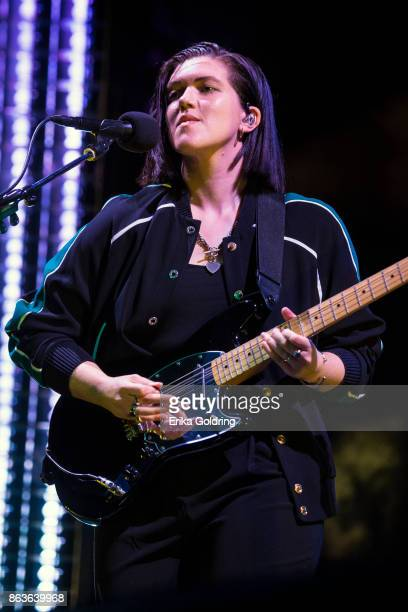Romy Madley Croft of The xx performs at Champions Square on October 19 2017 in New Orleans Louisiana