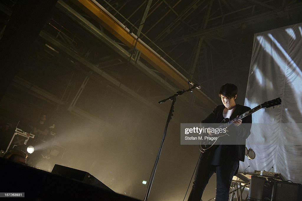Romy Madley Croft of The XX performs at Zenith on November 30, 2012 in Munich, Germany.