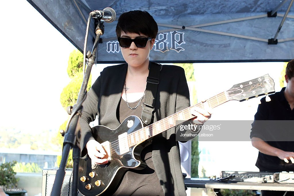 <a gi-track='captionPersonalityLinkClicked' href=/galleries/search?phrase=Romy+Madley+Croft&family=editorial&specificpeople=6078322 ng-click='$event.stopPropagation()'>Romy Madley Croft</a> performs at the 98.7 FM Penthouse Party Presents The xx Exclusive Live Performance at The Historic Hollywood Tower on July 23, 2012 in Hollywood, California.