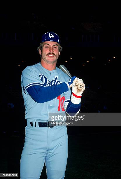 Ron Cey of the Los Angeles Dodgers poses with his bat for portrait on April 20 1979 in San Francisco California