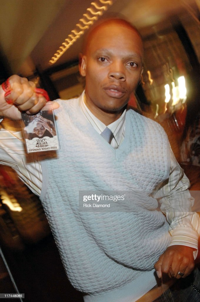 how tall is ron devoe