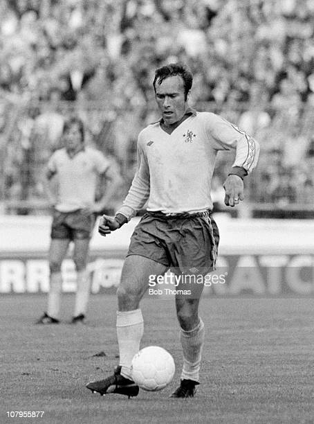Ron Harris in action for Chelsea during their First Division match against Coventry City at Highfield Road in Coventry on 9th September 1978 Coventry...