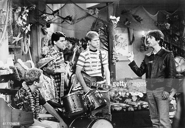 Ron Howard Henry Winkler Donny Most and Anson Williams act together in the television program 'Happy Days' Howard played Richie Cunningham Donny Most...