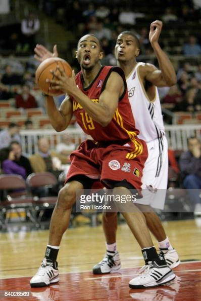 Ron Howard of the Fort Wayne Mad Ants look to score on Cliff Clinkscales of the Erie BayHawks at Tullio Arena on December 13 2008 in Erie...