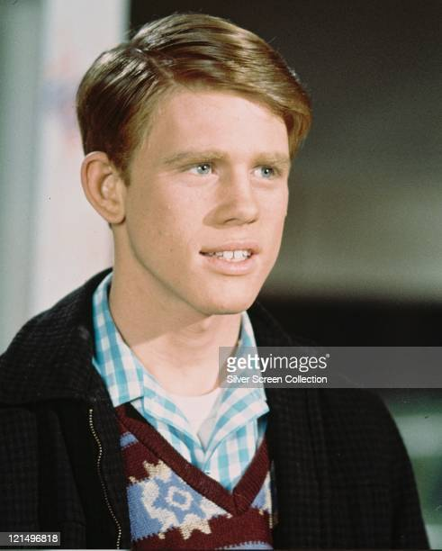 Ron Howard US actor wearing a black jacket patterened Vneck jumper and a blue check shirt in a publicity still issued for the US television series...
