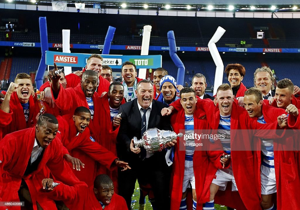 Ron Jans and his players during the Dutch Cup final match between Pec Zwolle and Ajax Amsterdam on April 20 2014 at the Kuip stadium in Rotterdam The...