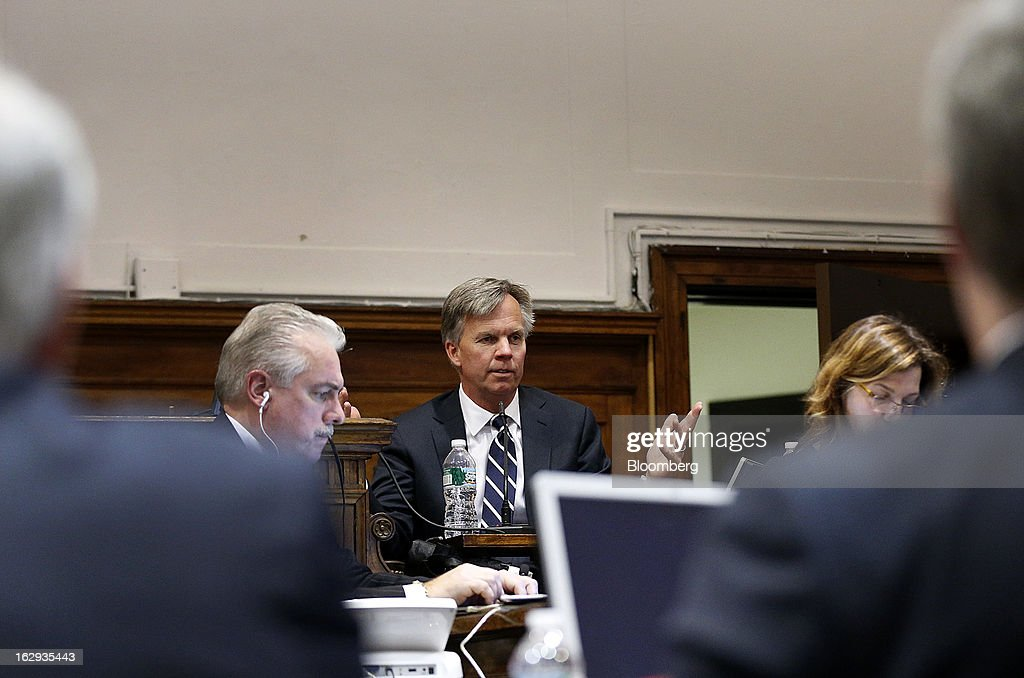 Ron Johnson, chief executive officer of J.C. Penney Co., center, testifies at State Supreme court in New York, U.S., on Friday, March 1, 2013. Johnson took the witness stand to testify in a dispute between his department-store chain and Macy's Inc. over the right to sell Martha Stewart Living Omnimedia Inc. merchandise. Photographer: Thomas Iannaccone/Pool via Bloomberg