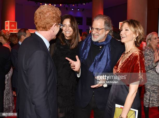 Ron Kaplan Nicolette Donen honoree Clifford Ross and Toni Ross attend the NYSCF Gala Science Fair at Jazz at Lincoln Center on October 16 2017 in New...