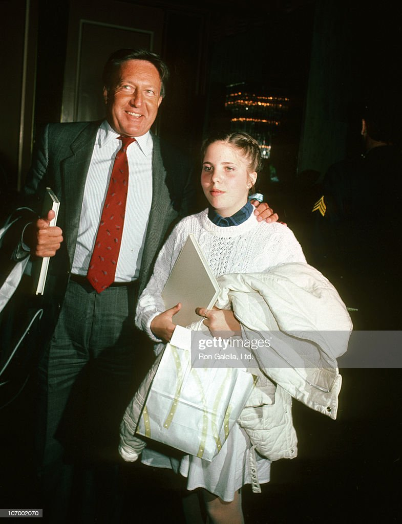 Celebrity Mother Daughter Fashion Show - Mars 28, 1985 ...