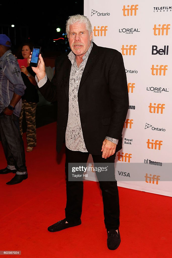 ron-perlman-attends-the-premiere-of-the-bleeder-during-the-2016-picture-id602357024