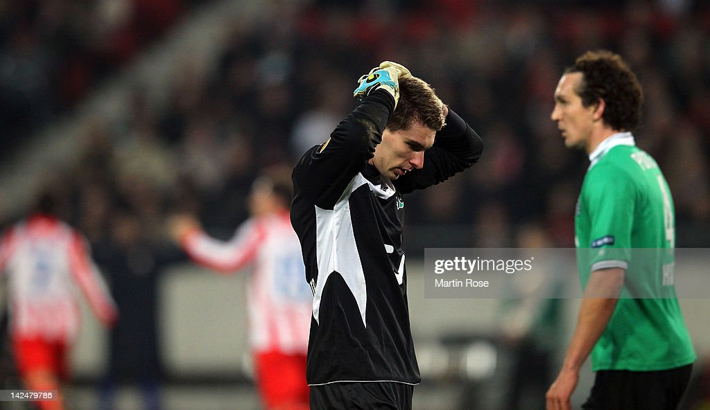 Ron Robert Zieler goalkeeper of Hannover reacts during the UEFA Europa League quarterfinal second leg match between Hannover 96 and Atletico de...