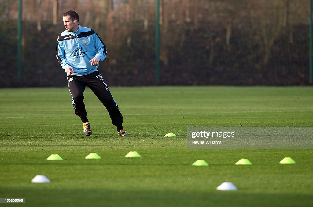 <a gi-track='captionPersonalityLinkClicked' href=/galleries/search?phrase=Ron+Vlaar&family=editorial&specificpeople=605352 ng-click='$event.stopPropagation()'>Ron Vlaar</a> of Aston Villa in action during a Aston Villa training session at the club's training ground at Bodymoor Heath on January 11, 2013 in Birmingham, England.