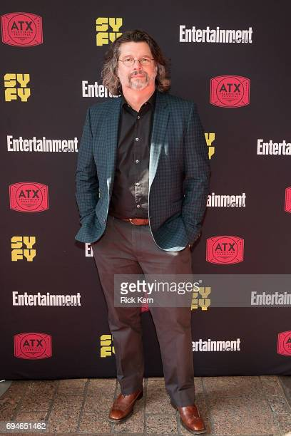 Ronald D Moore attends the closing night reunion panel of Battlestar Galactica and afterparty presented by Entertainment Weekly and SYFY during the...