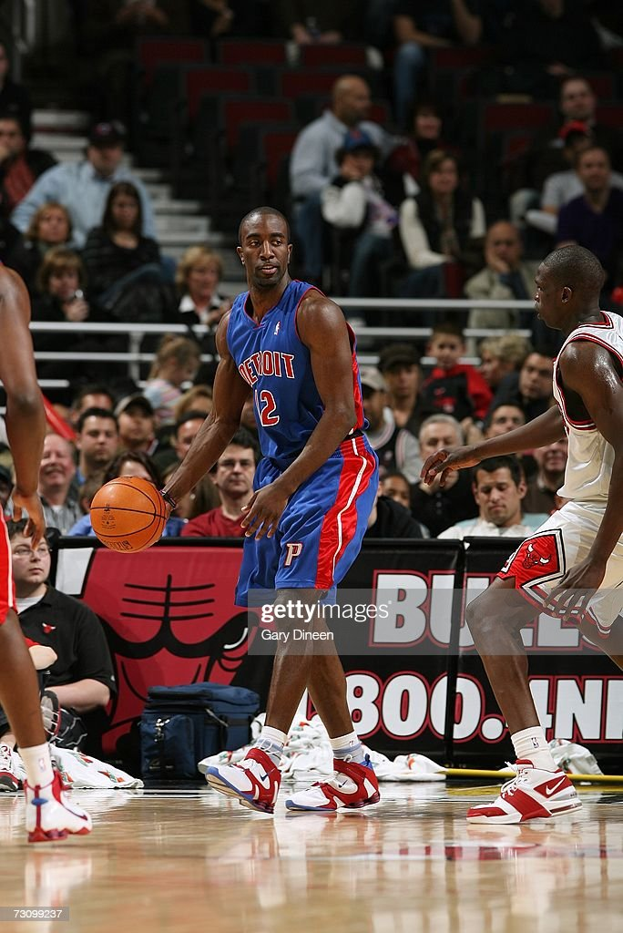 Ronald Dupree #12 of the Detroit Pistons moves the ball against the Chicago Bulls during the game at the United Center on January 6, 2007 in Chicago, Illinois. The Bulls won 106-89.