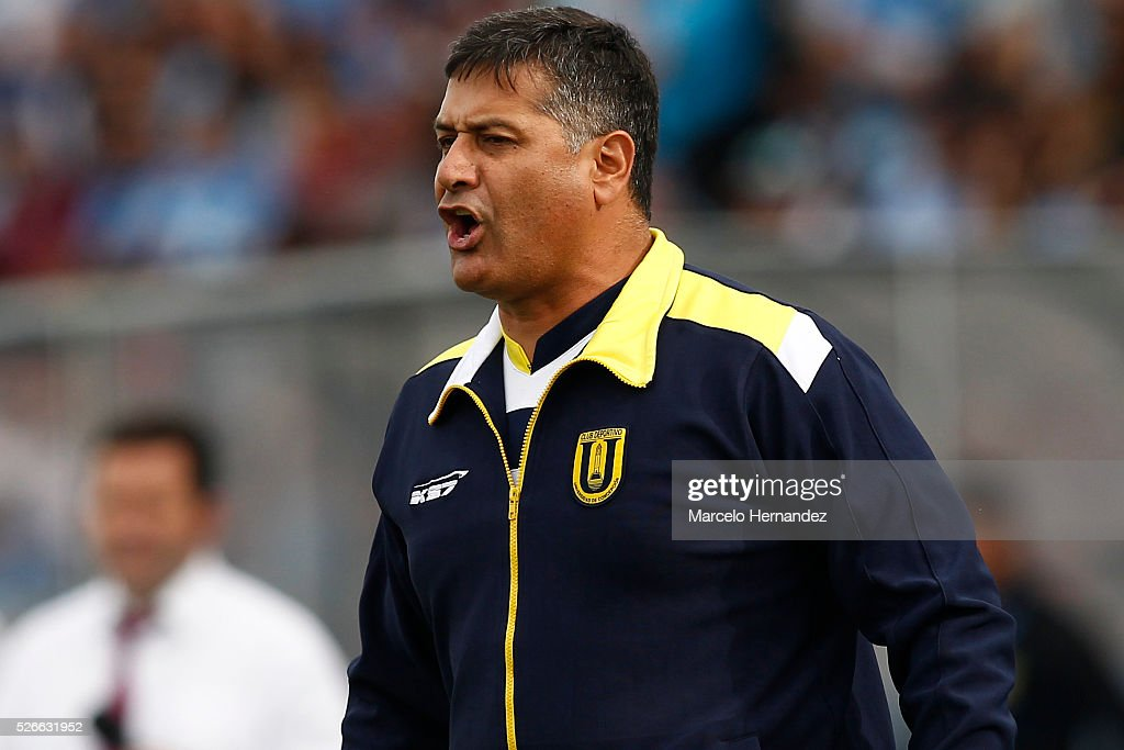 Ronald Fuentes head coach of Universidad de Concepcion gives instructions to his players during a match between O'Higgins and U de Concepcion as part...