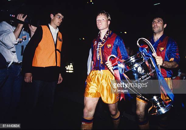 Ronald Koeman and Hristo Stoichkov celebrate with the trophy after the Europa Cup 1 final between FC Barcelona and Sampdoria on May 20 1992 at...