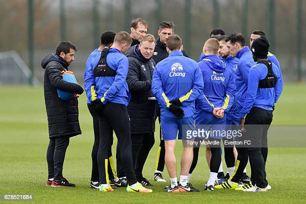 Ronald Koeman chats to his team during the Everton FC training session at Finch Farm on December 8 2016 in Halewood England
