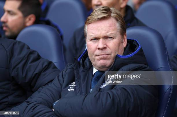 Ronald Koeman Manager of Everton looks on during the Premier League match between Tottenham Hotspur and Everton at White Hart Lane on March 5 2017 in...