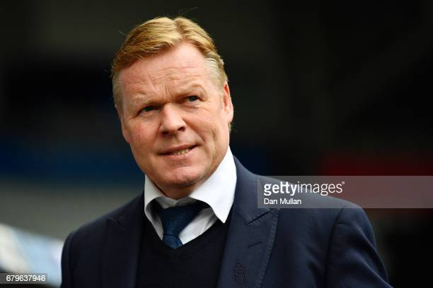 Ronald Koeman Manager of Everton looks on prior to the Premier League match between Swansea City and Everton at the Liberty Stadium on May 6 2017 in...
