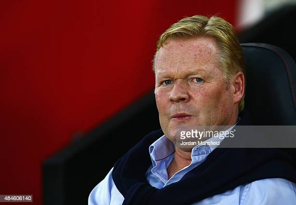 Ronald Koeman manager of Southampton looks on during the UEFA Europa League Play Off Round 1st Leg match between Southampton and Midtjylland at St...