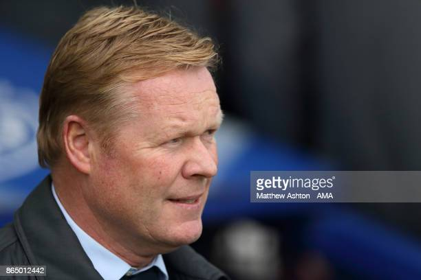 Ronald Koeman the head coach / manager of Everton during the Premier League match between Everton and Arsenal at Goodison Park on October 22 2017 in...