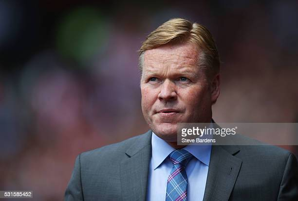 Ronald Koeman the manager of Southampton looks on during the Barclays Premier League match between Southampton and Crystal Palace at St Mary's...
