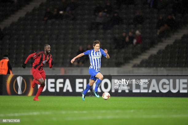 Ronald Mukiibi of Oestersunds FK and Genki Haraguchi of Hertha BSC during the UEFA Europa League Group J match between Hertha BSC and Oestersunds FK...