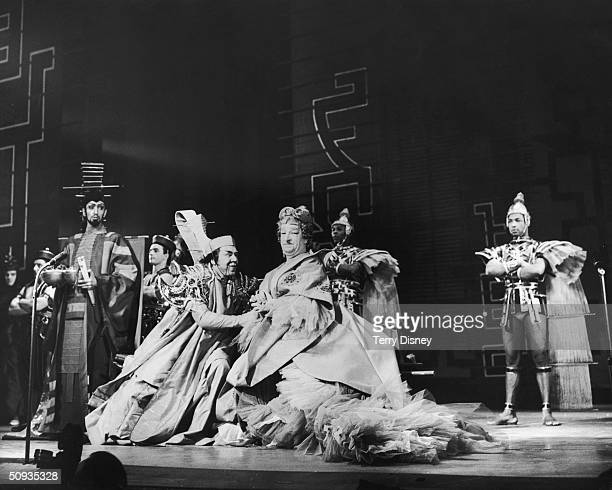 Ronald Shiner stars as Widow Twankey with Ian Wallace as the Emperor in a new staging of 'Aladdin' at the London Coliseum 18th December 1959 Based on...