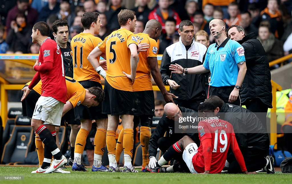 <a gi-track='captionPersonalityLinkClicked' href=/galleries/search?phrase=Ronald+Zubar&family=editorial&specificpeople=1295892 ng-click='$event.stopPropagation()'>Ronald Zubar</a> of Wolves reacts having been shown the red card from referee Anthony Taylor during the Barclays Premier League Match between Wolverhampton Wanderers and Manchester United at Molineux on March 18, 2012 in Wolverhampton, England.