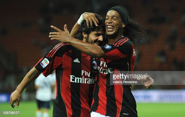 Ronaldinho and Gennaro Ivan Gattuso of AC Milan celebrate victory during the Serie A match between AC Milan and US Lecce at Stadio Giuseppe Meazza on...