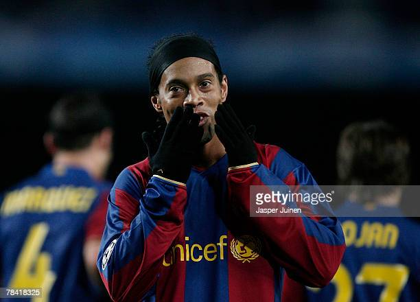 Ronaldinho of Barcelona blows kisses to the crowd celebrating his goal during the UEFA Champions League Group E match between Barcelona and Stuttgart...
