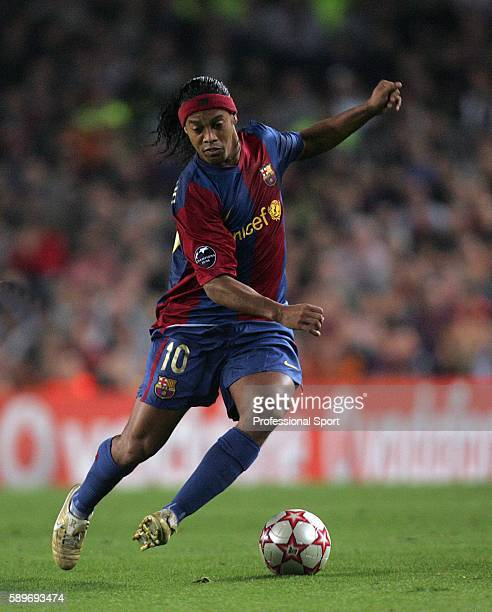 Ronaldinho of Barcelona celebrates his goal during the UEFA Champions League Group A match between Barcelona and Chelsea at the Nou Camp on October...