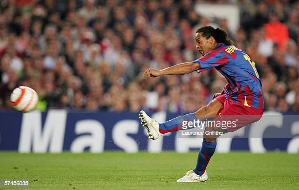 Ronaldinho of Barcelona In action during the UEFA Champions League Semi Final match between Barcelona and AC Milan at the Camp Nou on April 26 2006...