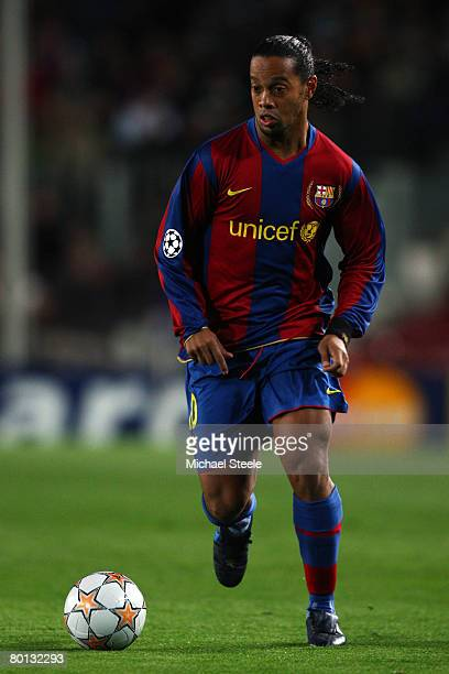 Ronaldinho of Barcelona in action during the UEFA Champions League 2nd leg of the First knockout round match between FC Barcelona and Celtic at the...