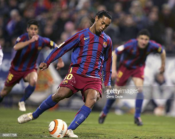 Ronaldinho of Barcelona scores from the penalty spot during a Primera Liga match between Real Zaragoza and Barcelona at the Romareda stadium on...