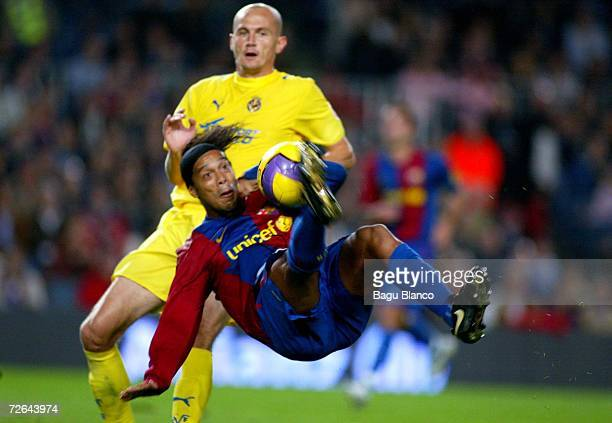 Ronaldinho of Barcelona scores his second goal during the La Liga match between FC Barcelona and Villarreal at Camp Nou stadium on November 25 2006...