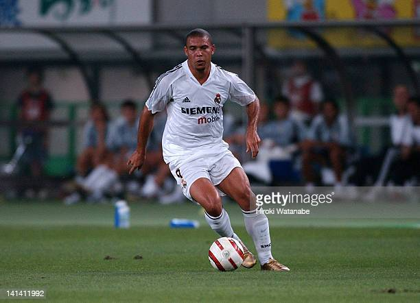 Ronaldo of Real Madrid in action during the preseason friendly match between Tokyo Verdy 1969 and Real Madrid at Ajinomoto Stadium on August 1 2004...