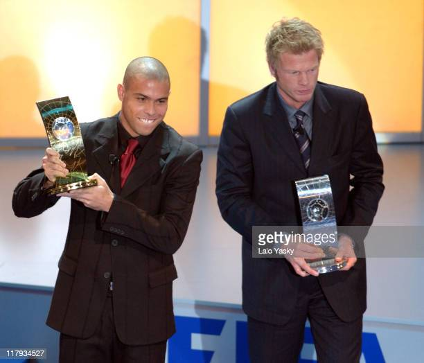 Ronaldo Oliver Kahn Receive the FIFA World Player Award 2002 during the FIFA World Player Gala 2002 at the 'Palacio de Congresos' in Madrid