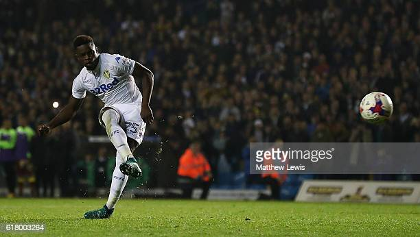 Ronaldo Viera of Leeds United scores the winning penalty during the EFL Cup Fourth Round match between Leeds United and Norwich City at Elland Road...